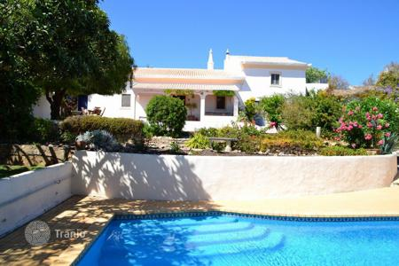 4 bedroom houses for sale in Algarve. Villa – Loule, Faro, Portugal