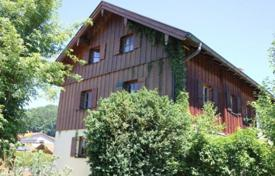 6 bedroom houses for sale in Bavaria. Large house with spacious and bright rooms, Tratberg, Germany