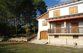 5 bedroom houses for sale in Tarragona. Villa with a private garden, a pool and a terrace, Almoster, Spain