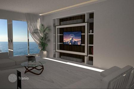 3 bedroom apartments by the sea for sale in Bordighera. Apartment with a terrace, in a beachfront residence with a private beach, pools, a sauna and a fitness center, Bordighera, Italy