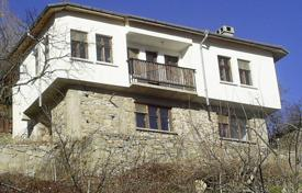 Cheap property for sale in Smolyan. Townhome – Smolyan (city), Smolyan, Bulgaria