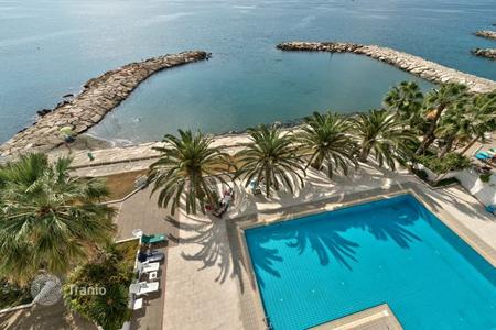 2 bedroom apartments for sale overseas. Luxury 2-bedroom apartment in a modern complex on the beach in Limassol