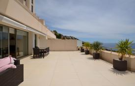 Apartments with pools for sale in Altea. Two-bedroom apartment with a terrace of 100 m², panoramic views of the sea and the mountains in Altea, Alicante, Spain