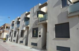 Bank repossessions terraced houses in Spain. Terraced house – Cartagena, Murcia, Spain
