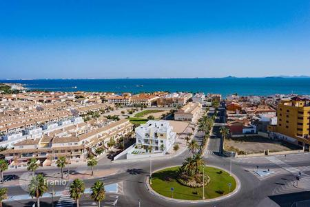 3 bedroom apartments for sale in Costa Calida. Ground floor apartment 250 meters from the beach in Los Alcázares