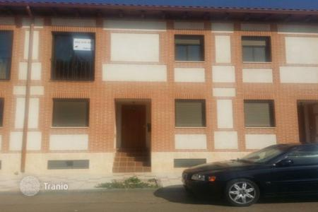 Cheap residential for sale in Fontanar. Terraced house – Fontanar, Castille La Mancha, Spain