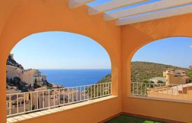 Cheap 2 bedroom apartments for sale in Benitachell. 2 and 3 bedroom apartments offering sea-views in a complex with pool in Benitachell