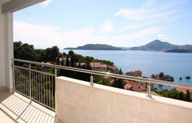 Comfortable apartment with a parking, a terrace and a sea view, Budva, Montenegro for 344,000 €