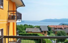 Coastal residential for sale in Verbania. Apartment – Verbania, Piedmont, Italy