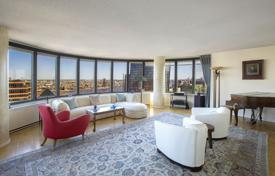 3 bedroom apartments to rent in Manhattan. Ambassador's Palace in the Sky