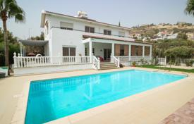 Luxury 4 bedroom houses for sale in Agios Tychon. Villa – Agios Tychon, Limassol, Cyprus