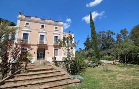 Property for sale in Valls. Historic villa with galleries and a garden, Valls, Spain