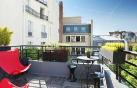 Luxury apartments for sale in Paris. Paris 17th District – An exceptional near 250 m² apartment