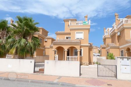 Foreclosed 2 bedroom houses for sale in Spain. Villa – Algorfa, Valencia, Spain
