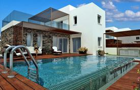 Houses with pools by the sea for sale in Paphos. Villa – Konia, Paphos, Cyprus