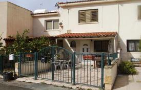 Cheap townhouses for sale in Chloraka. Terraced house – Chloraka, Paphos, Cyprus