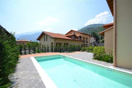 Property for sale in Gravedona. Villa – Gravedona, Lombardy, Italy