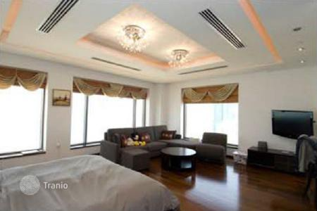 Luxury residential for sale in Western Asia. Luxury penthouse with terrace and swimming pool, Jumeirah Beach Residence