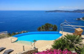 Villa in Cap d'Ail for 14,000 € per week