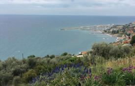 Houses for sale in Province of Imperia. Villa – Sanremo, Liguria, Italy