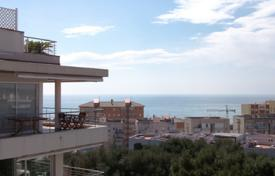 2 bedroom apartments by the sea for sale in Costa del Garraf. Two-bedroom penthouse 400 meters away from the sea, Sitges, Barcelona, Spain