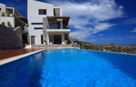 Coastal houses for sale in Southern Europe. Villa near the beach with a private pool and a sea view, Heraklion, Crete, Greece