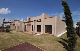 4 bedroom houses for sale in Murcia. 4 bedroom villa with 400 m² private plot first line golf in Mar Menor Golf Resort