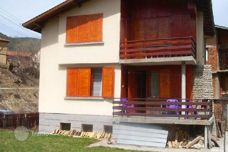 Houses for sale in Madzhare. Detached house - Madzhare, Sofia region, Bulgaria
