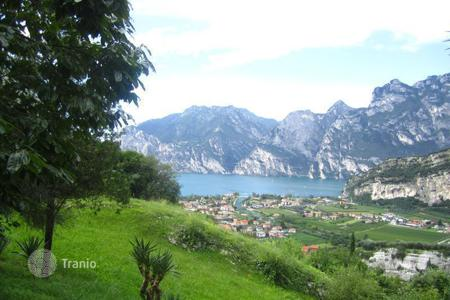 Luxury residential for sale in Nago-torbole. Mansion – Nago-torbole, Trentino - Alto Adige, Italy
