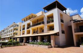 Property for sale in Portugal. Three-bedroom apartment with terrace and views of the ocean, Vilamora, Portugal