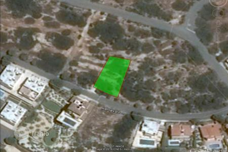 Land for sale in Peyia. 633 m² plot in Peyia with sea views
