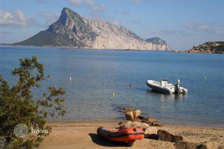 Coastal houses for sale in Sardinia. Villa – Nuoro, Sardinia, Italy