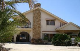 5 bedroom houses by the sea for sale in Paphos (city). Five Bedroom Detached House