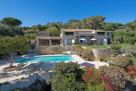 6 bedroom houses for sale in La Colle-sur-Loup. Close to Saint-Paul de Vence — Splendid property