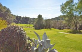 Cheap houses for sale in Mougins. Villa – Mougins, Côte d'Azur (French Riviera), France