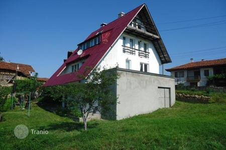 3 bedroom houses for sale in Sofia region. Detached house - Makotsevo, Sofia region, Bulgaria
