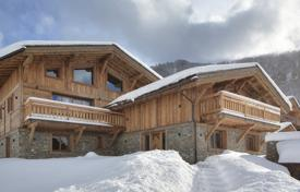 A chalet with spacious rooms, Megeve, France for 6,300,000 €