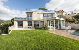 Luxury 5 bedroom houses for sale in Costa Brava. Luxury two-storey villa with an elevator, a pool and a terrace, 400 meters from the bay, Lloret de Mar, Spain