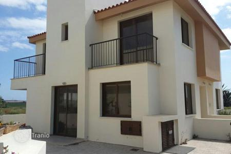 2 bedroom houses for sale in Perivolia. Two Bedroom Maisonette