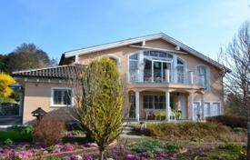 5 bedroom houses for sale in Germany. Spacious villa with a private garden, a wine cellar and a parking, Starnberg, Germany