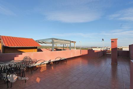 Cheap houses with pools for sale in Southern Europe. Torrevieja, Los Balcones Urb. Dream Hills. Penthouse — Duplex 76 m² built with solarium of 60 m²