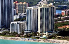 Apartments for rent with swimming pools in Miami. Apartment – Sunny Isles Beach, Florida, USA
