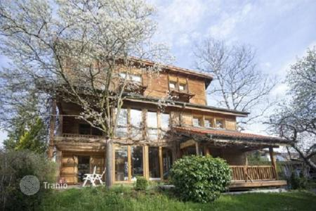 Houses for sale in Europe. Villa with winter garden, sauna, gazebo and guest house near Lake Starnberg, Munich suburb