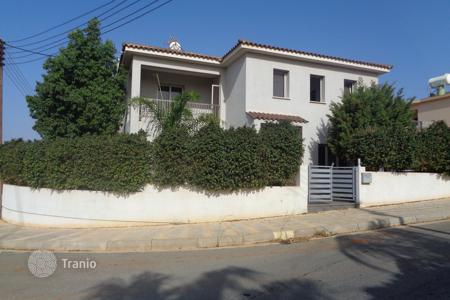 4 bedroom houses by the sea for sale in Famagusta. Detached 4 Bedroom House in Frenaros
