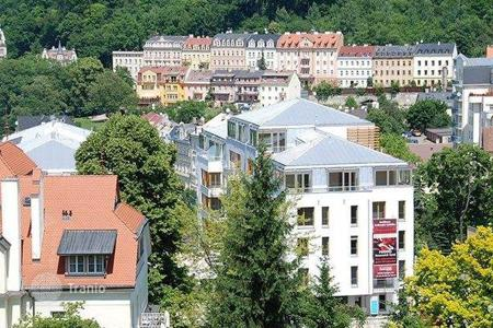Residential for sale in Karlovy Vary Region. Two-bedroom apartment in Karlovy Vary. Mortgage is possible