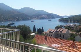 Apartments for sale in Dubrovnik Neretva County. Comfortable apartment with a stunning sea views, just minutes from the beach, Zaton, Croatia