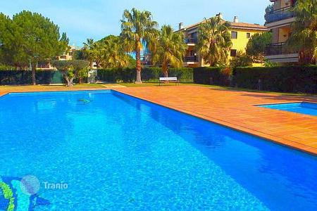 3 bedroom apartments by the sea for sale in Castell Platja d'Aro. Apartment – Castell Platja d'Aro, Catalonia, Spain