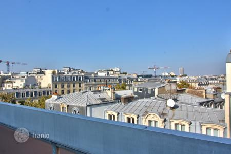 3 bedroom apartments to rent in Paris. PARIS 16/ ETOILE — DUPLEX — TERRACES