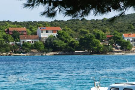 Land for sale in Dubrovnik Neretva County. Plot on the beach, Peljesac, Croatia