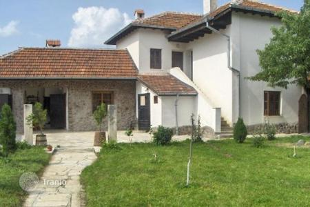 Cheap 2 bedroom houses for sale in Bulgaria. Detached house - Vraca, Bulgaria